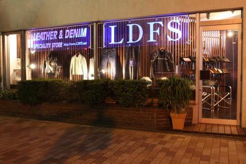 高円寺LDFSの外観